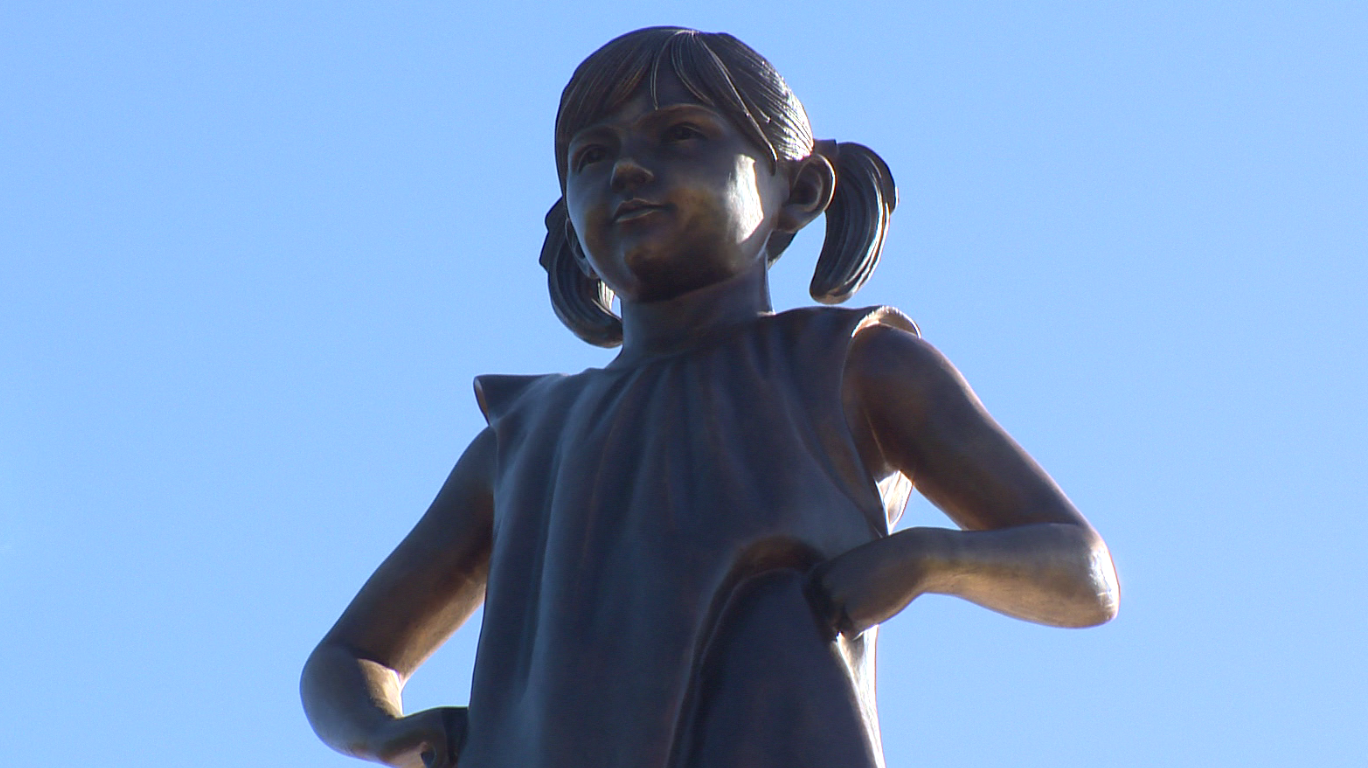 Fearless Girl in Sacramento