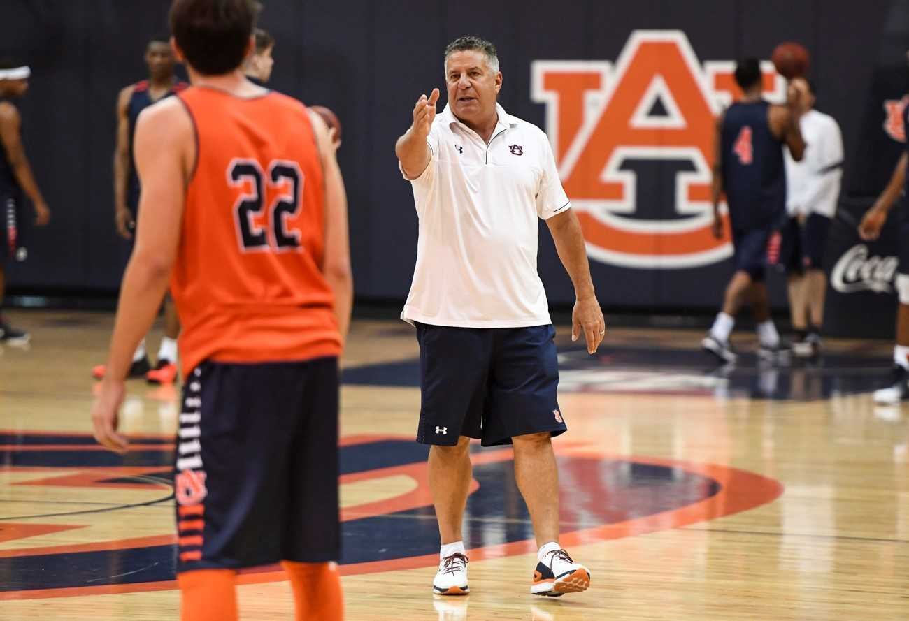 SEC coaches named Naismith National Coach of the Year semifinalists