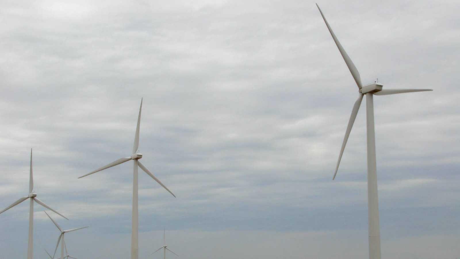 Windmills along I-40 in Oklahoma