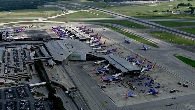 Va. control room fumes lead to flight delays at DC-area airports
