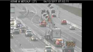 I-435, Metcalf crashes
