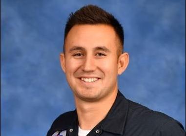2 injured when USAF Thunderbird jet flips over on landing
