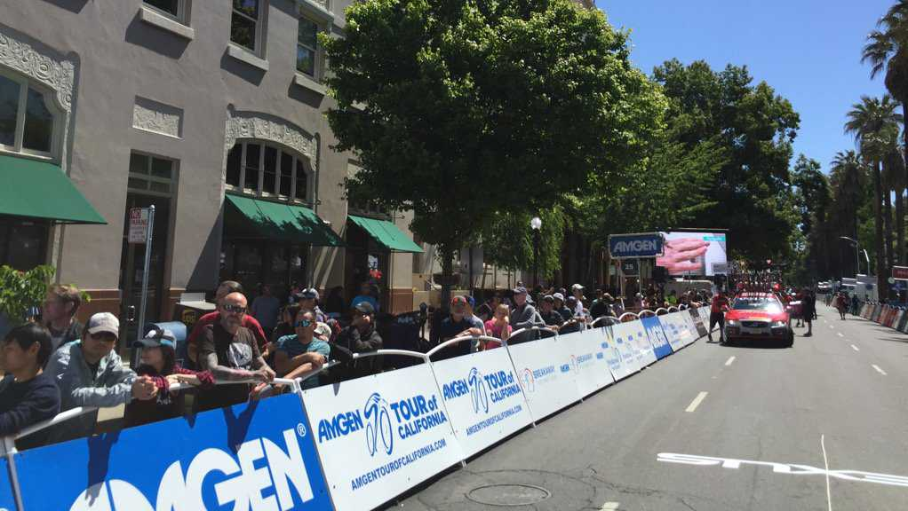The AMGEN Tour of California race brough thousands of people to downtown Sacramento on Sunday, May 14, 2017.