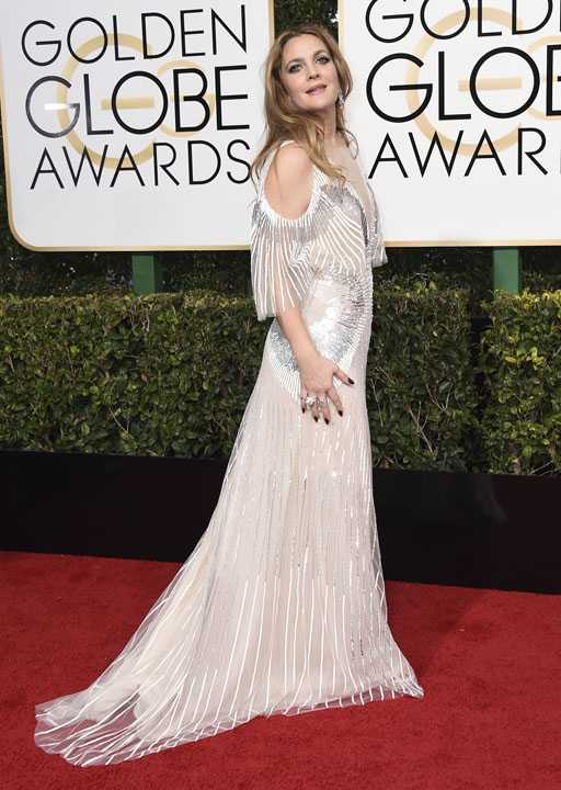Drew Barrymore arrives at the 74th annual Golden Globe Awards at the Beverly Hilton Hotel on Sunday, Jan. 8, 2017, in Beverly Hills, Calif. (Photo by Jordan Strauss/Invision/AP)