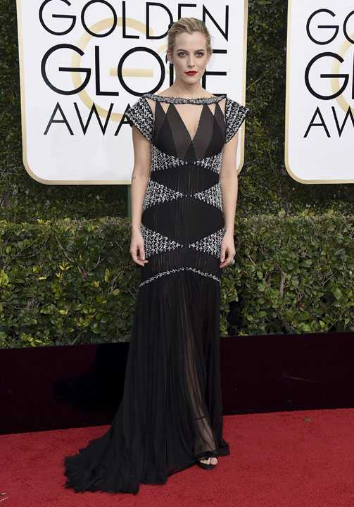 Riley Keough arrives at the 74th annual Golden Globe Awards at the Beverly Hilton Hotel on Sunday, Jan. 8, 2017, in Beverly Hills, Calif. (Photo by Jordan Strauss/Invision/AP)
