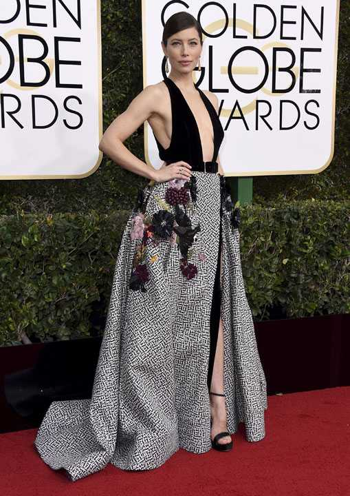 Jessica Biel arrives at the 74th annual Golden Globe Awards at the Beverly Hilton Hotel on Sunday, Jan. 8, 2017, in Beverly Hills, Calif. (Photo by Jordan Strauss/Invision/AP)