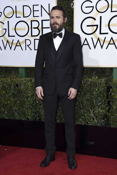 Casey Affleck arrives at the 74th annual Golden Globe Awards at the Beverly Hilton Hotel on Sunday, Jan. 8, 2017, in Beverly Hills, Calif. (Photo by Jordan Strauss/Invision/AP)