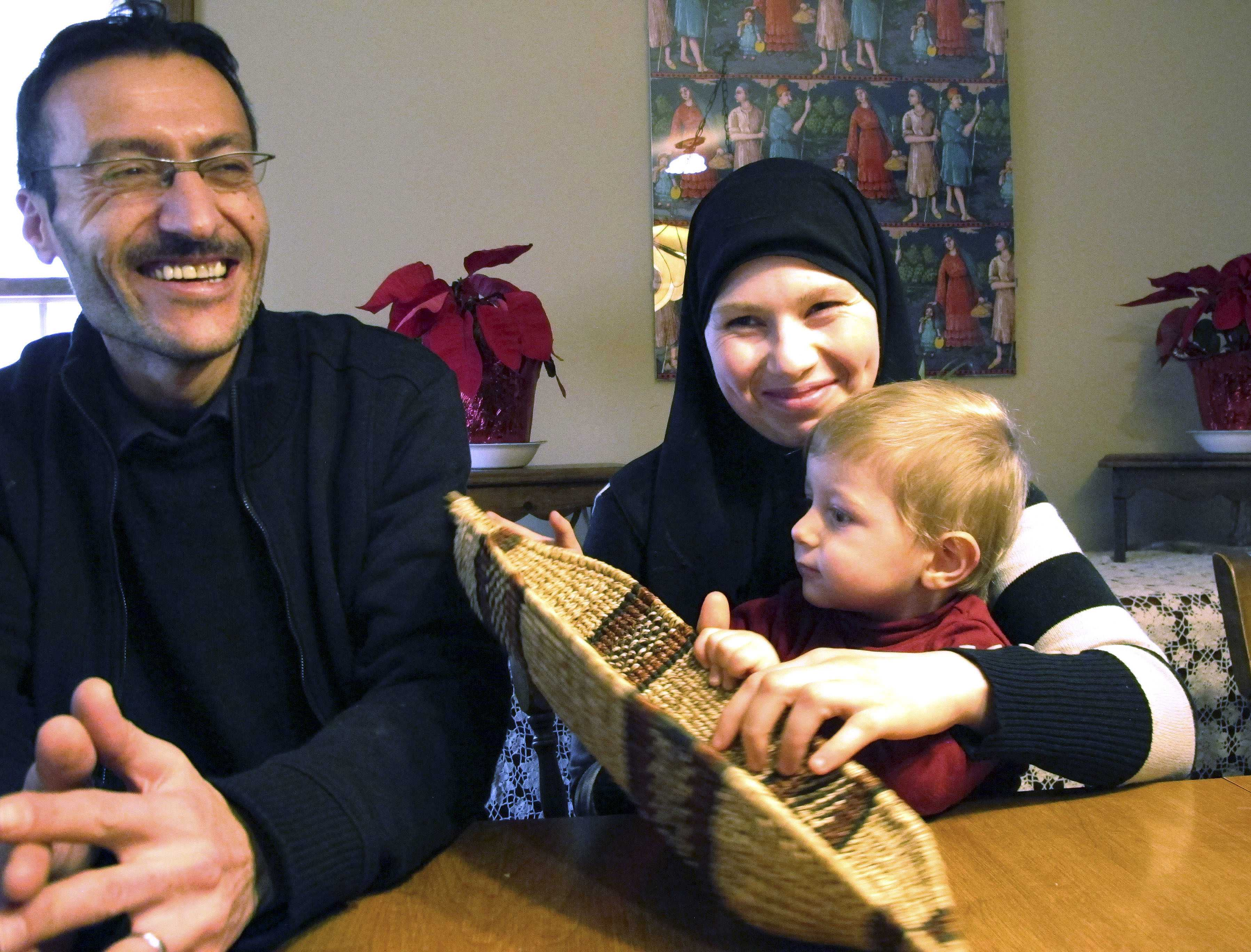 Ahmed Khatib with his wife Mahasen Boshnaq and son Mohammed