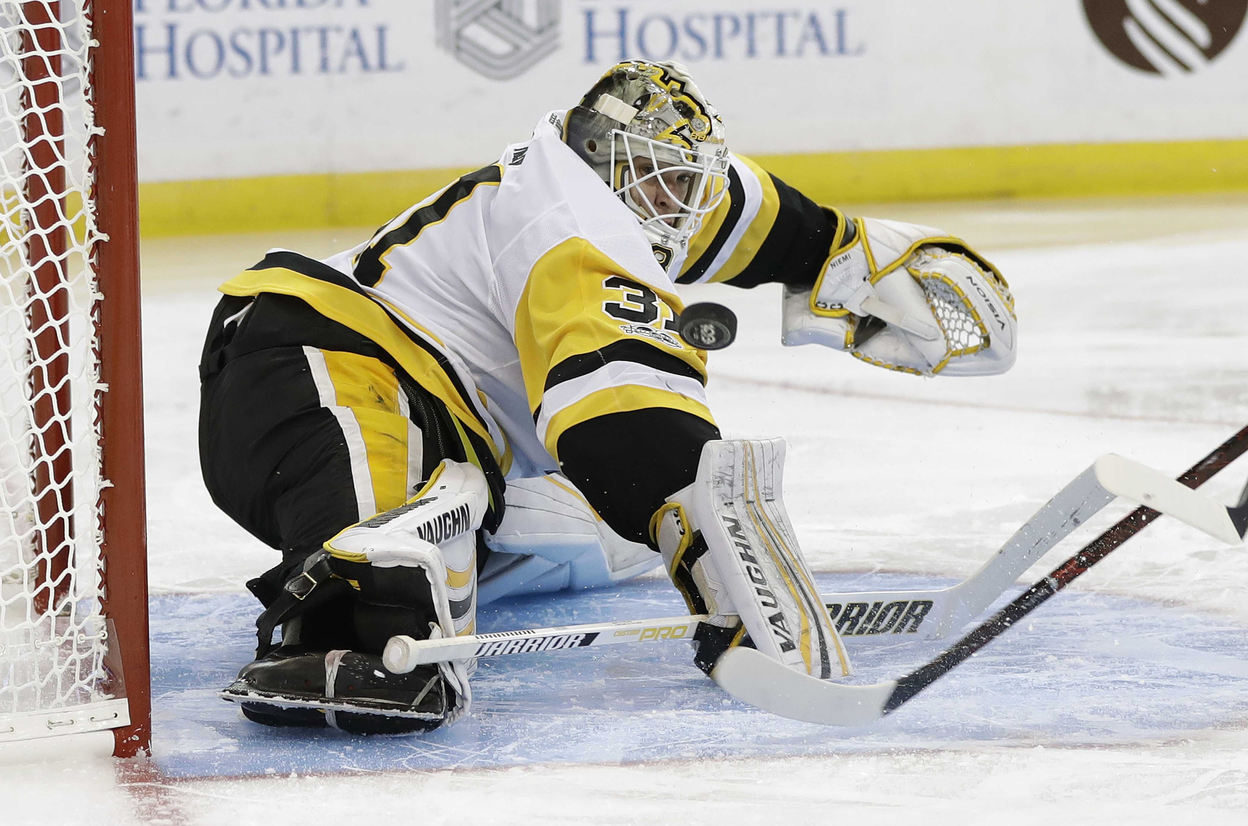 Antti Niemi put on waivers after three starts for Penguins