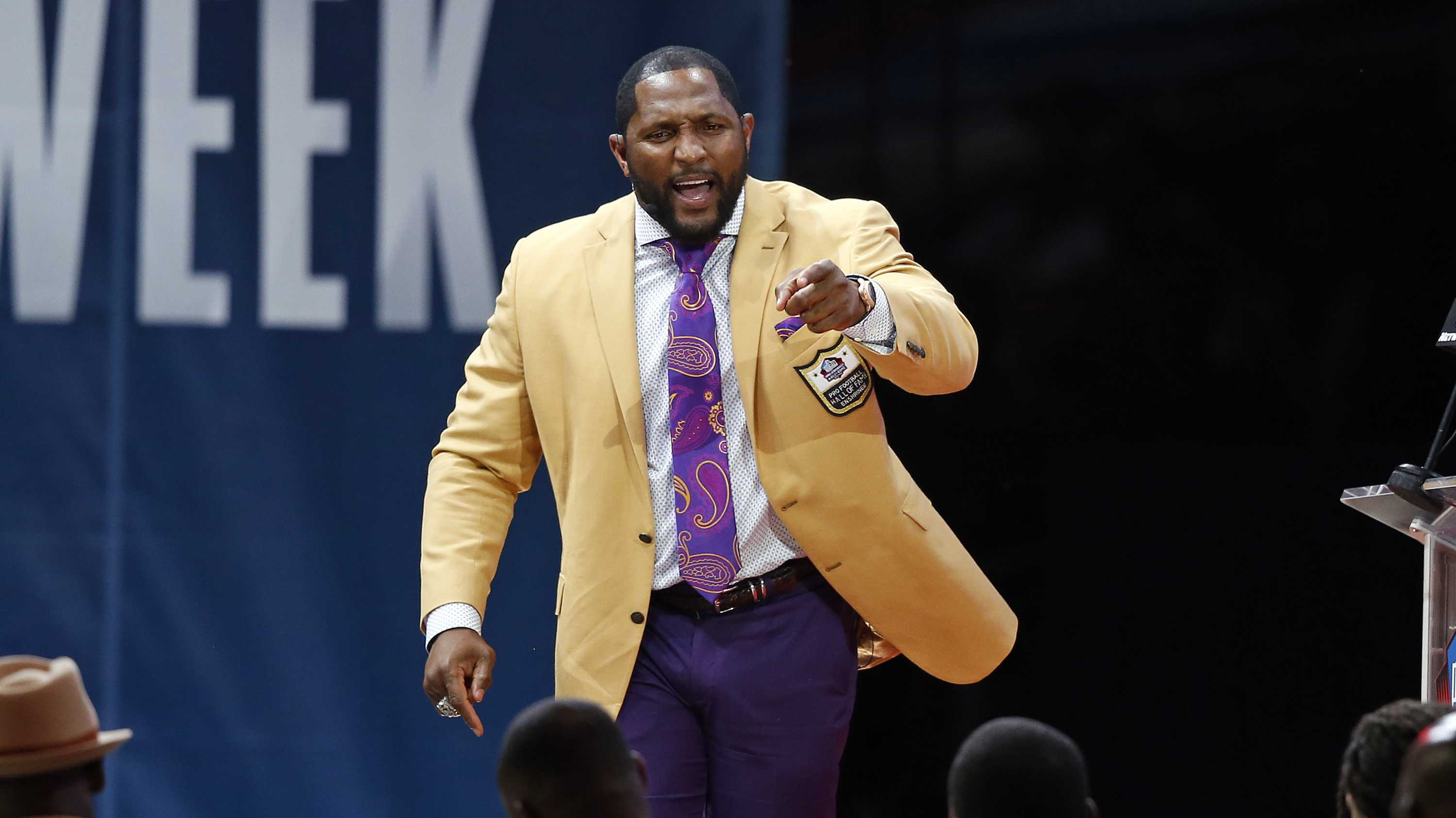 Former NFL player Ray Lewis delivers his speech during an induction ceremony at the Pro Football Hall of Fame, Saturday, Aug. 4, 2018, in Canton, Ohio.