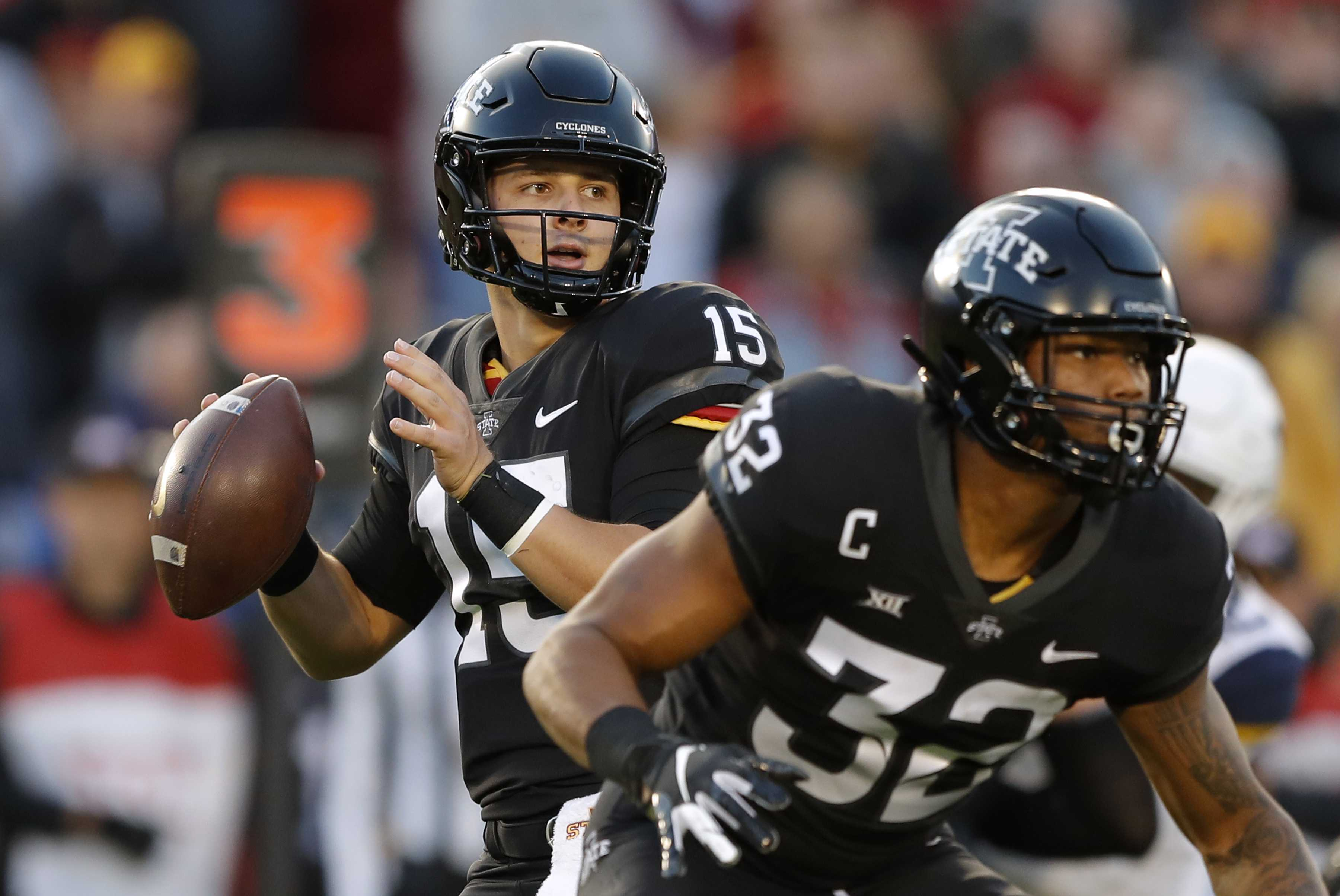 Iowa State upsets No. 6 West Virginia 30-14
