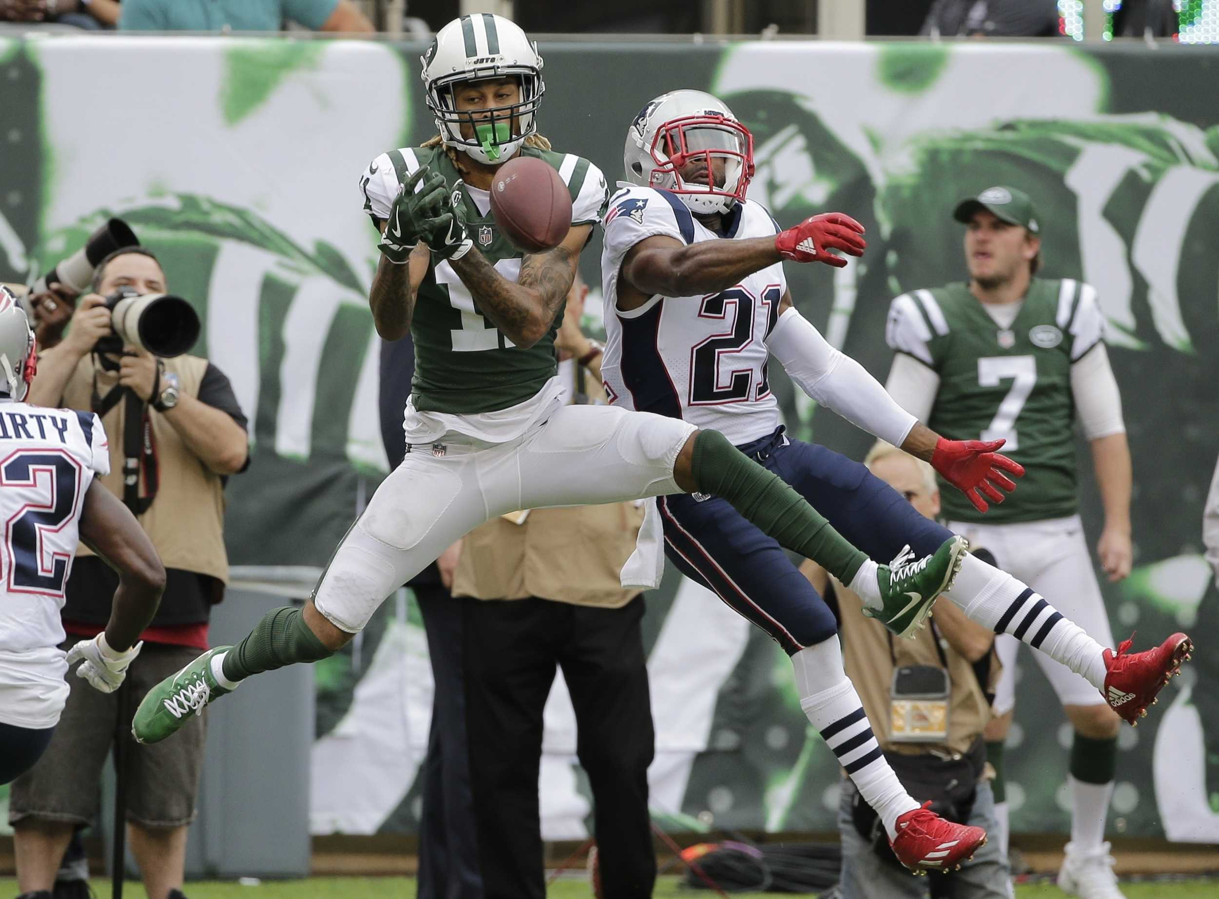 Robby Anderson Arrested on 9 Charges Including Resisting Arrest