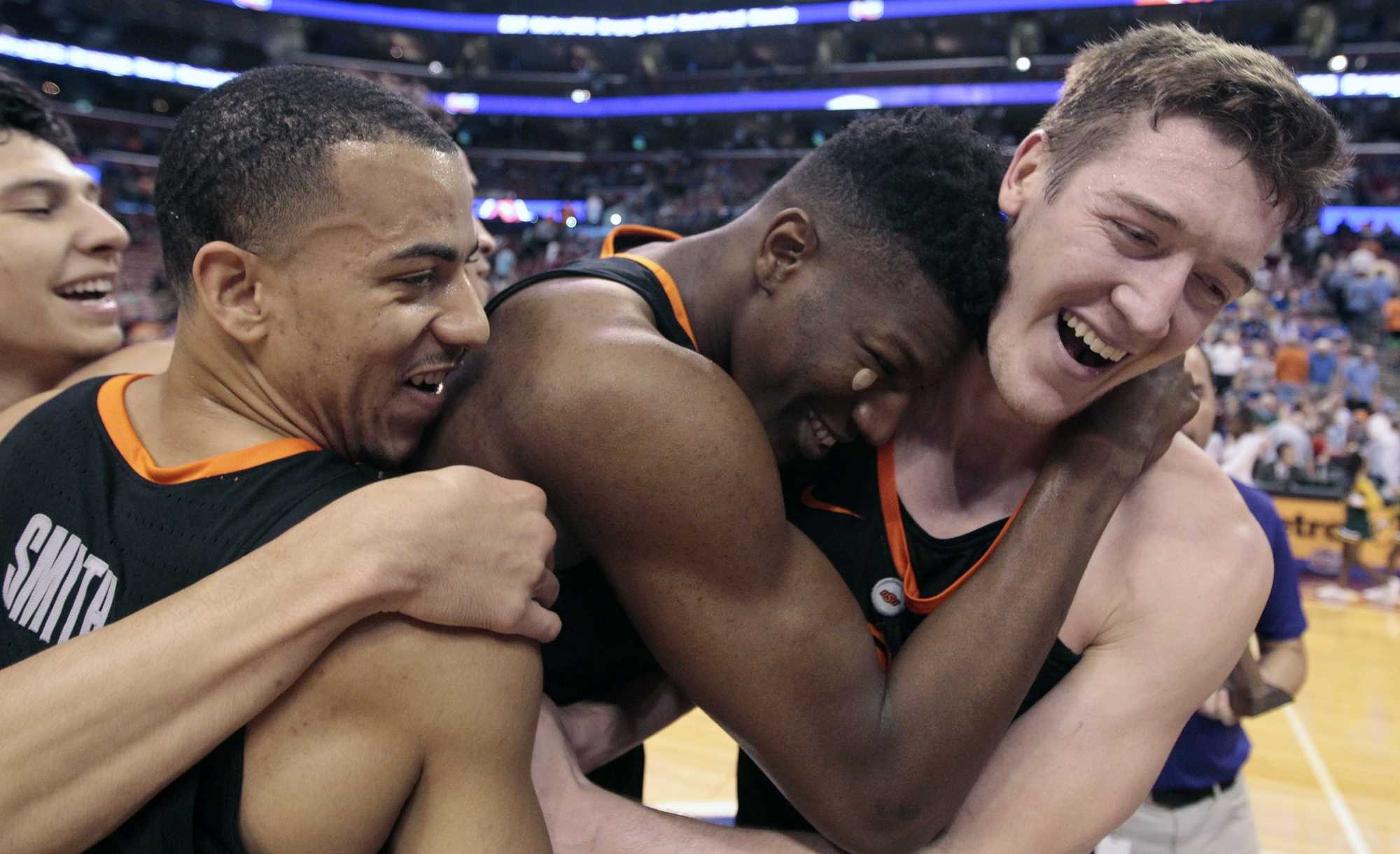 Oklahoma State hands No. 19 Florida State first loss