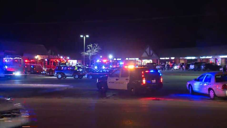 Fatal shooting at Austin's Bar & Grill in Olathe, Kansas