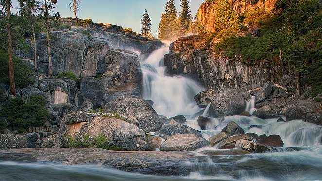Leon Turnbull Photo of Bassi Falls