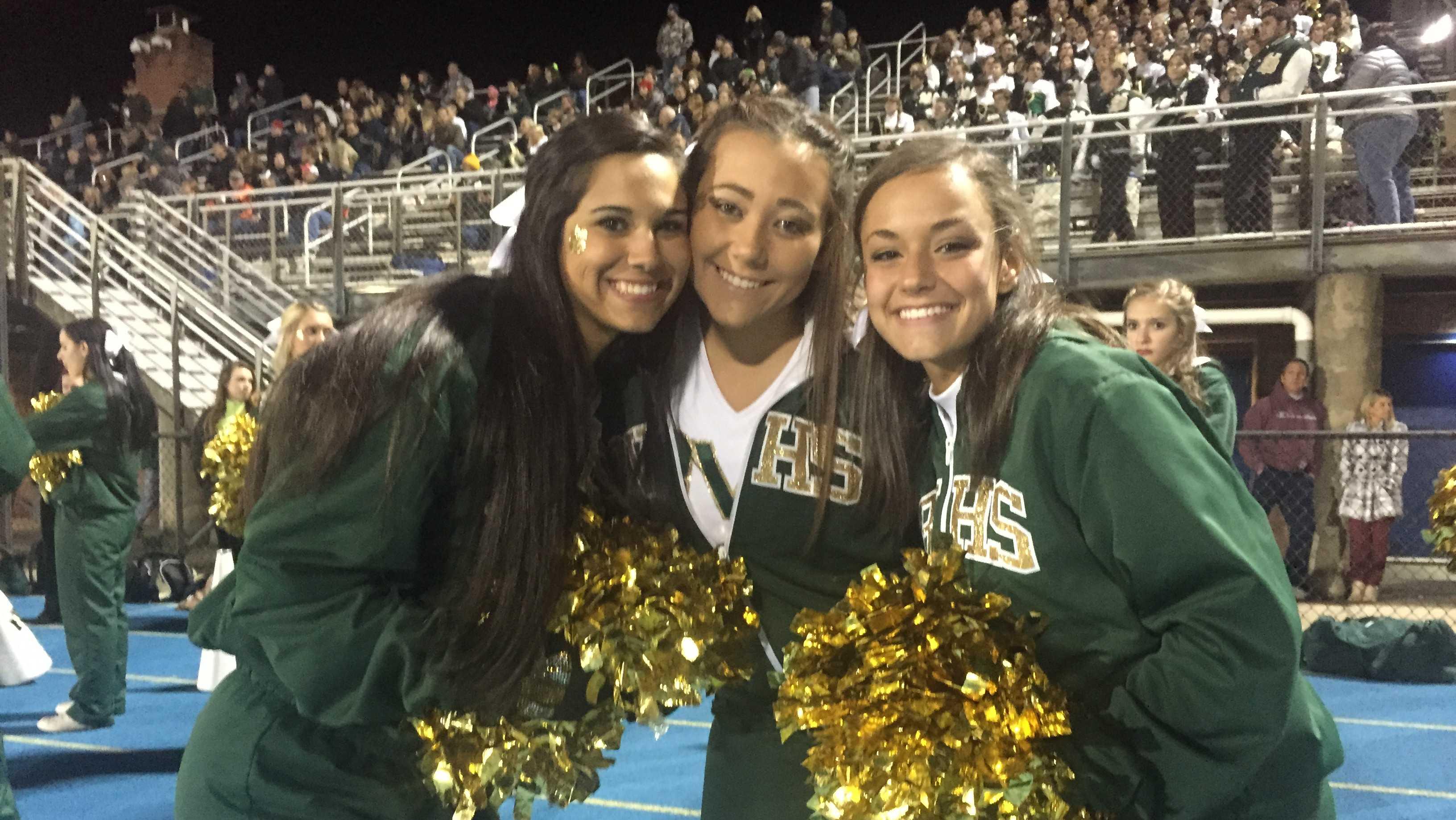 Belle Vernon cheerleaders