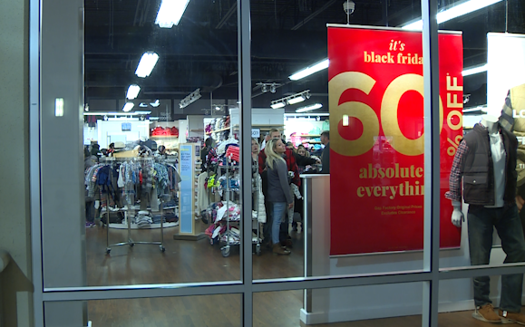 Shoppers wait hours to catch early Black Friday sales