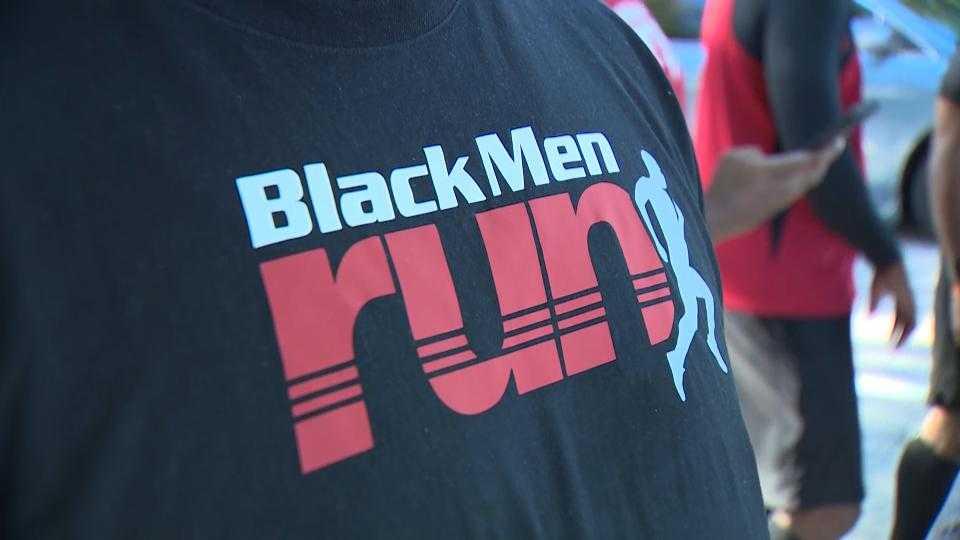 Black-men-run-1-jpg-1508267185.jpg?crop=1.00xw:1