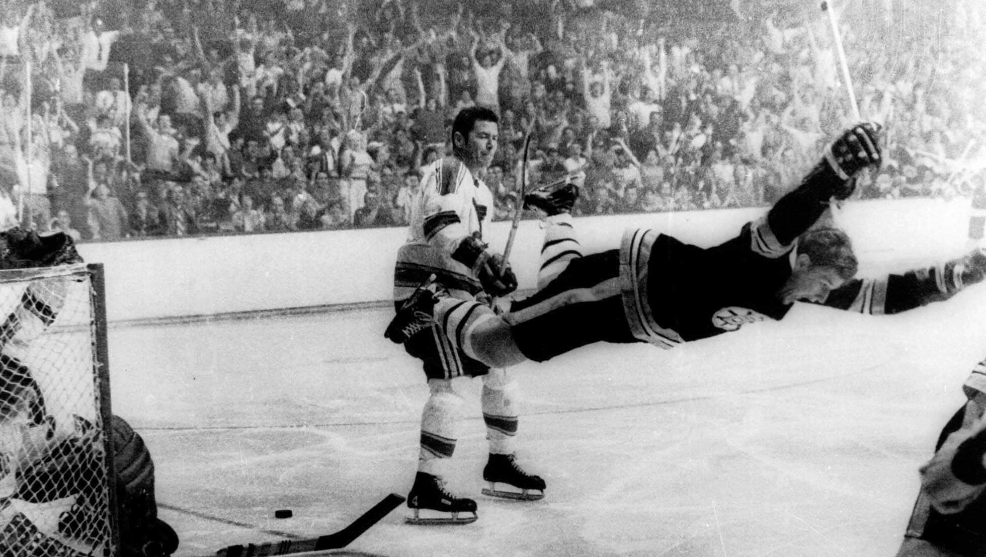 Bobby Orr Scores Stanley Cup Winning Goal