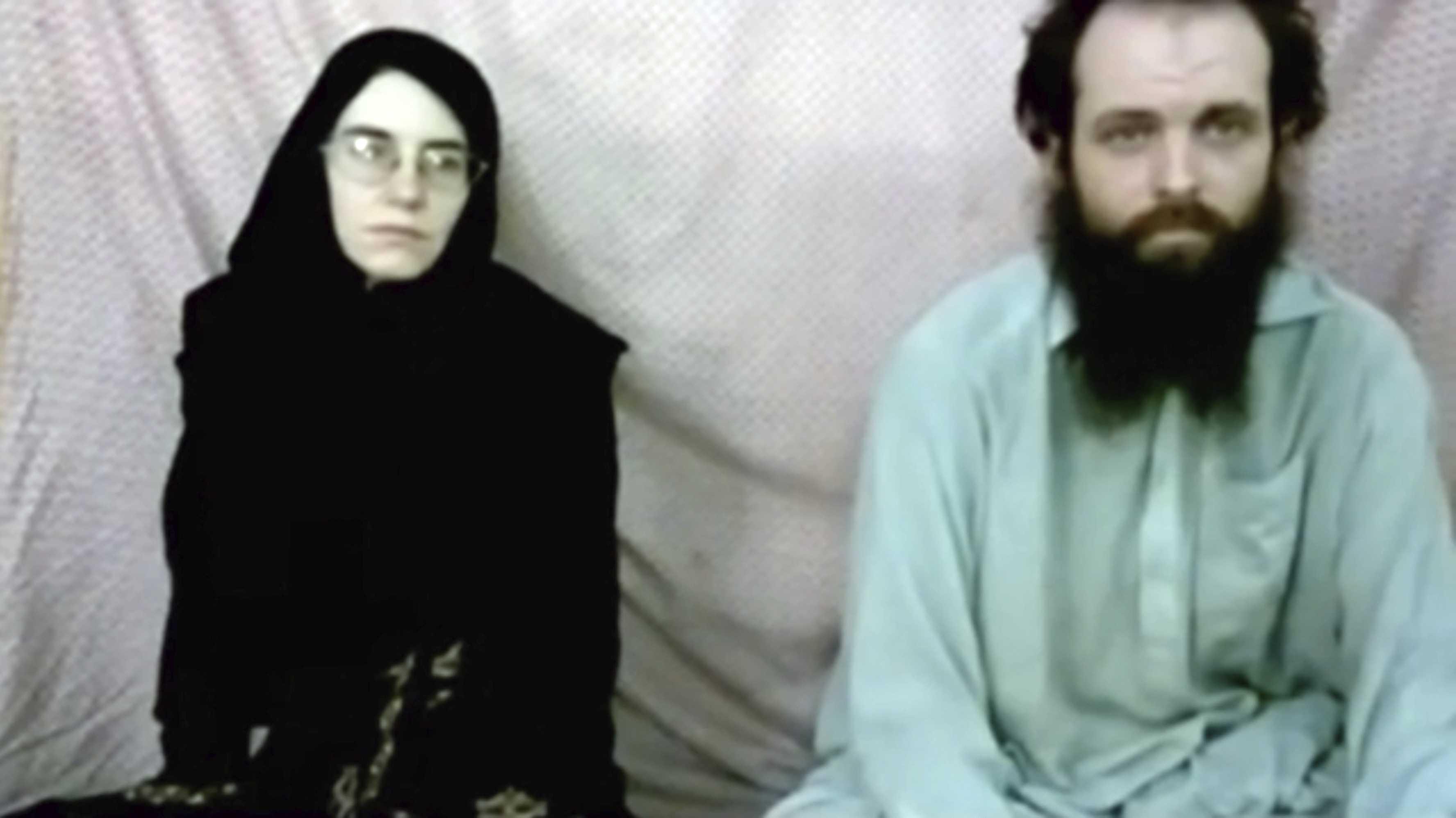 US-Canadian family held 5 years by militants leaves Pakistan - Louisville news - NewsLocker