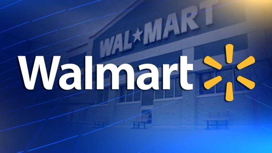 Police chase man on tractor in Walmart parking lot