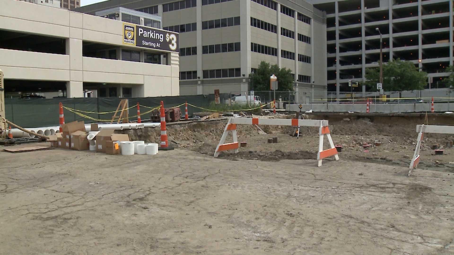 Crews break ground on Milwaukee's Cambria Hotel
