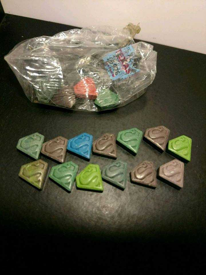 Man tried to sell drugs that featured Superman logo, police say - New Hampshire news - NewsLocker