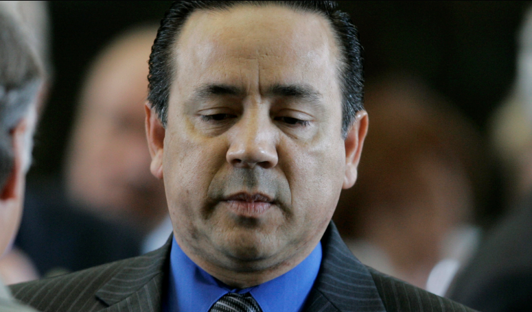 Texas state senator Uresti indicted on multiple felonies