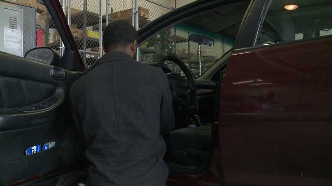 Difference Between Civic And Accord >> Milwaukee police offer free theft deterrent device for