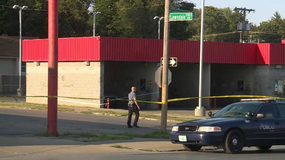 Man shot to death at Kansas City auto wash Friday