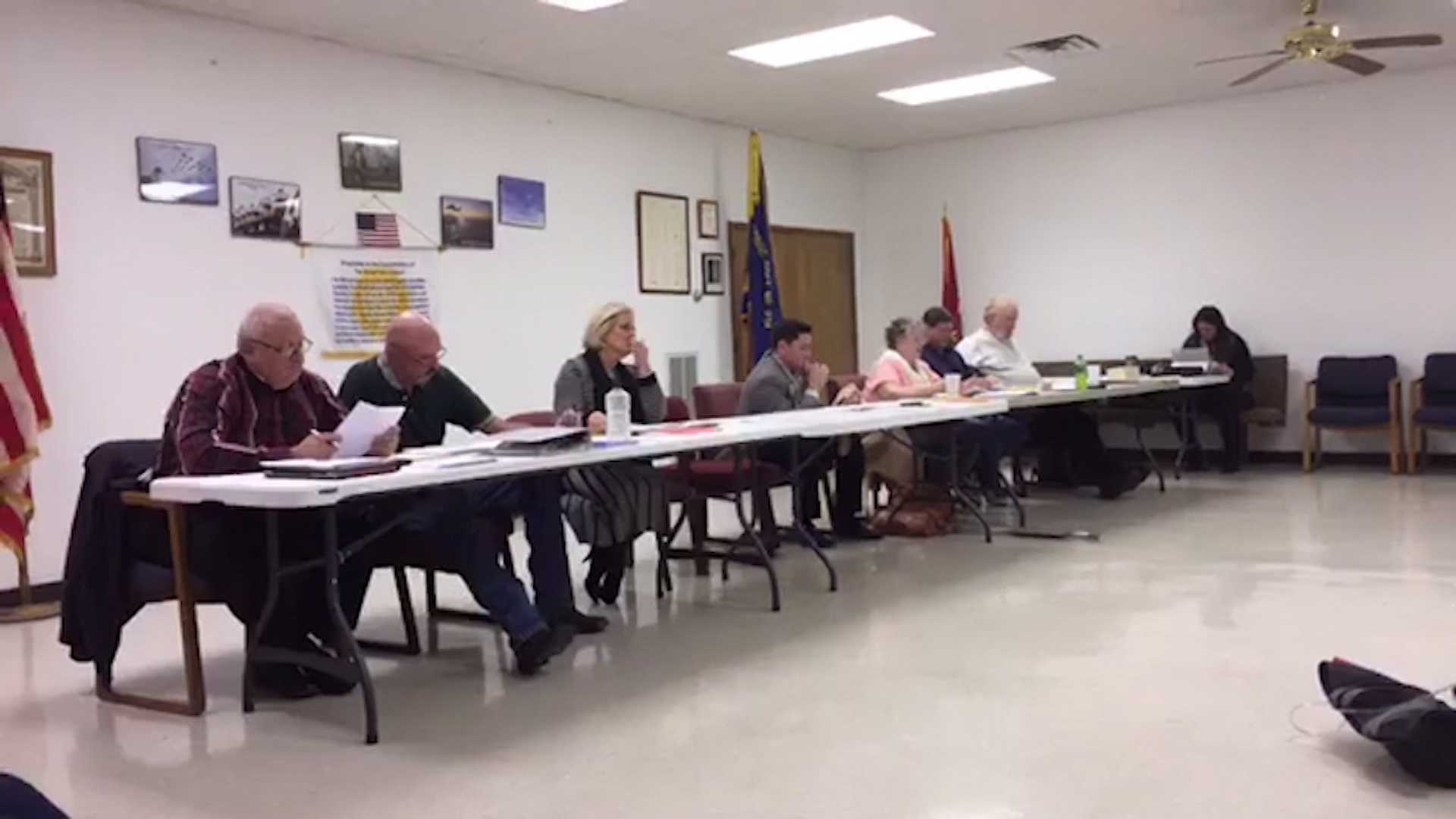 The Cave Springs City Council attempted to fire 10 employees at a meeting on January 4, 2016.