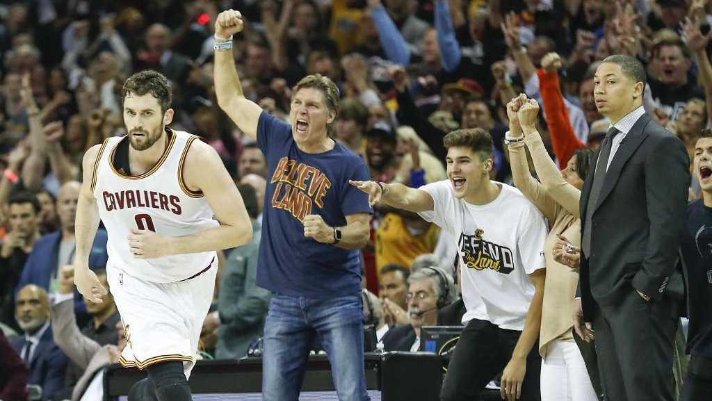 Nba Finals Game 4 Golden State Warriors 116 137 Cleveland ...