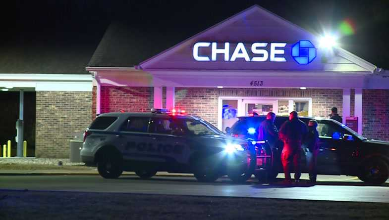 Attempted bank robber fatally shot by Wisconsin security guard