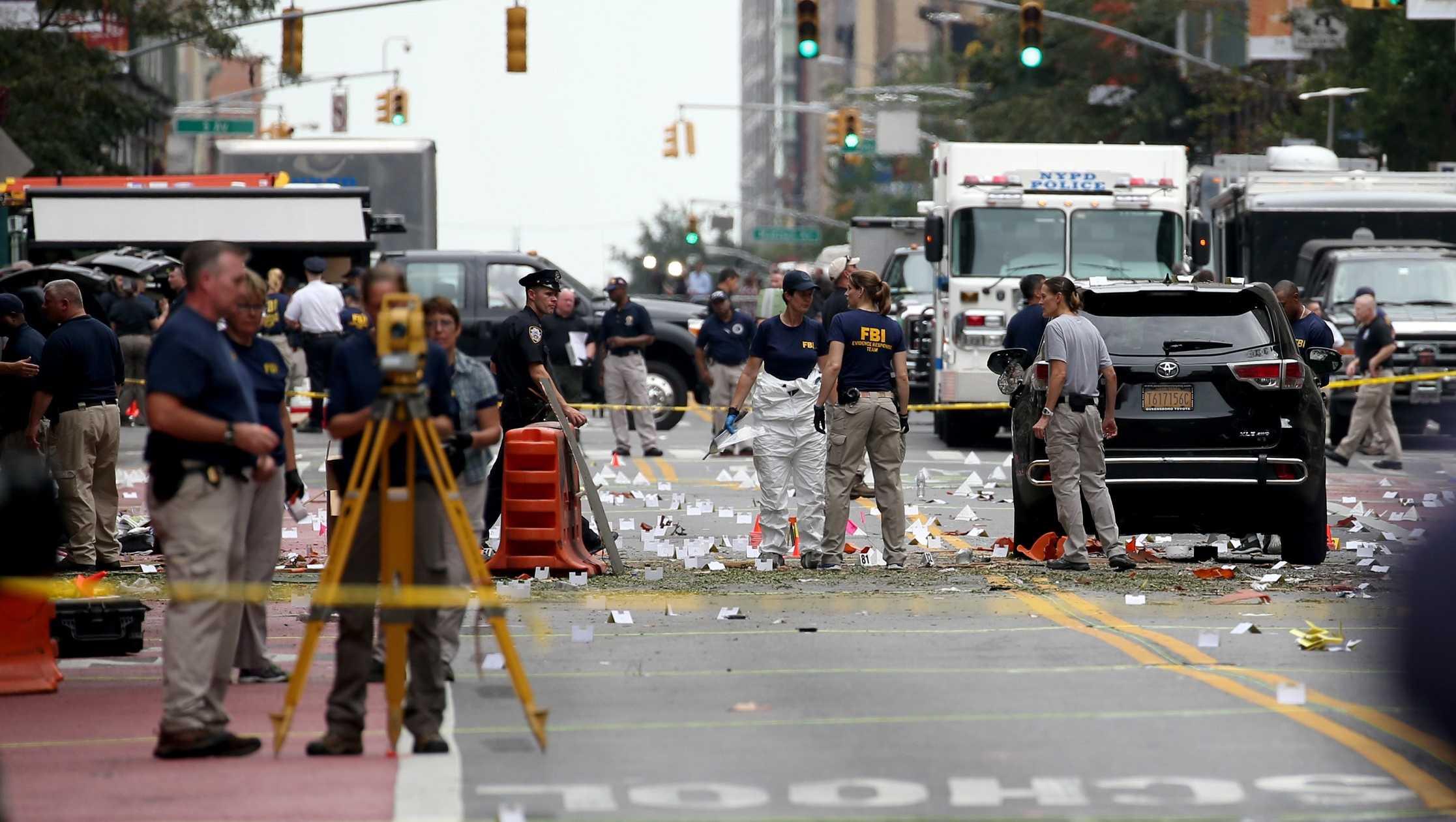 FBI agents investigate site of explosion in Chelsea neighborhood of Manhattan on September 18, 2016.