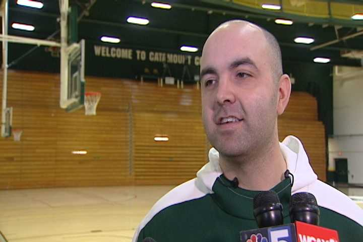 Video: UVM basketball weekly media session (12/7)