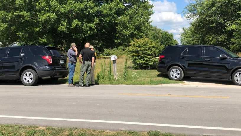 2 girls found dead in Clay County, Missouri