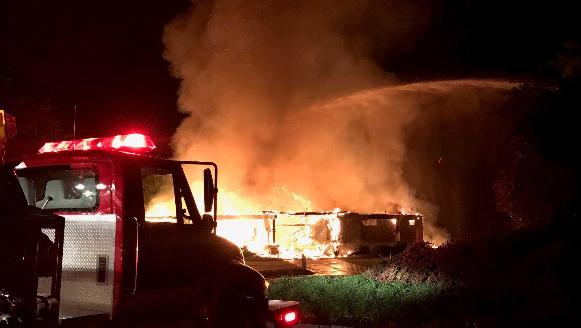 Cliffs Lakehouse restaurant fire