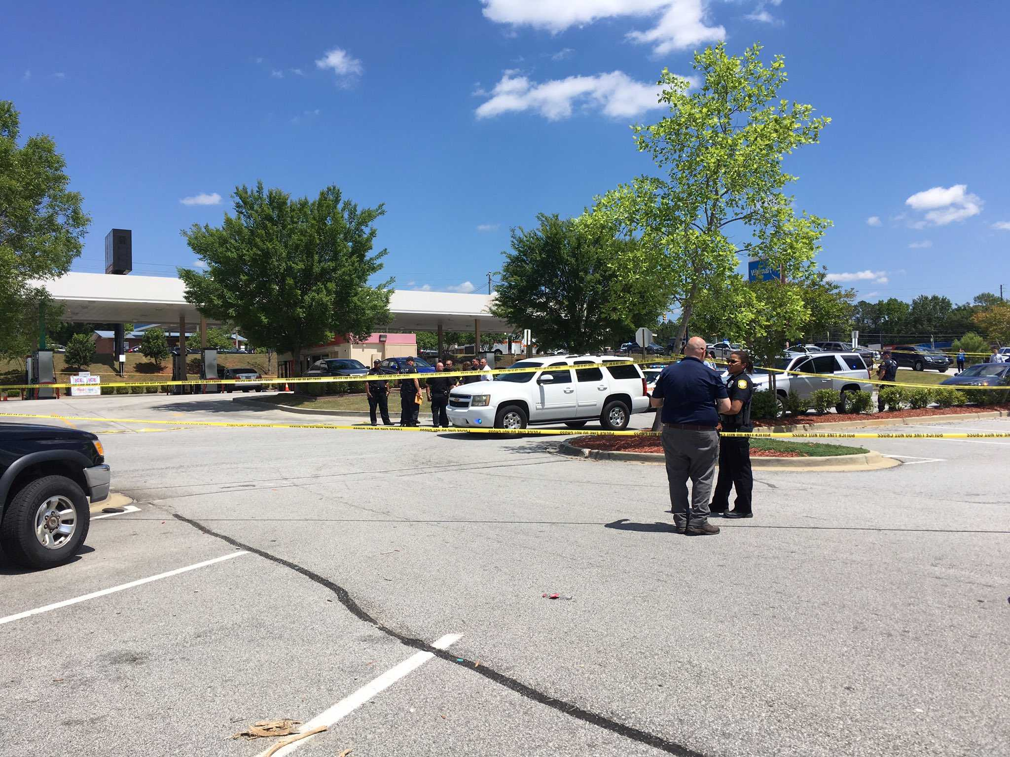 South Carolina officers wound suspect who shot at them