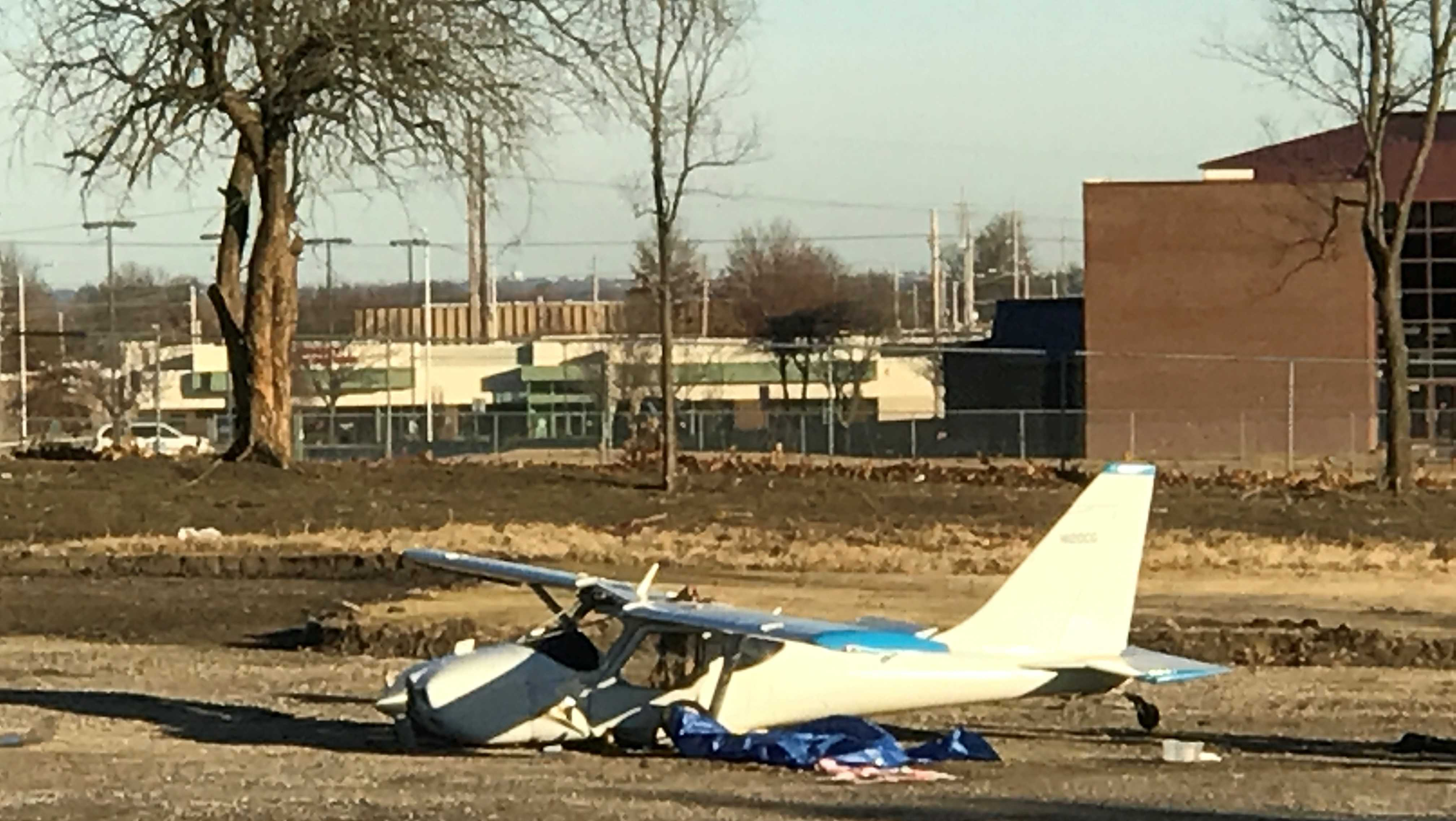 Small Plane Crash in Lee's Summit