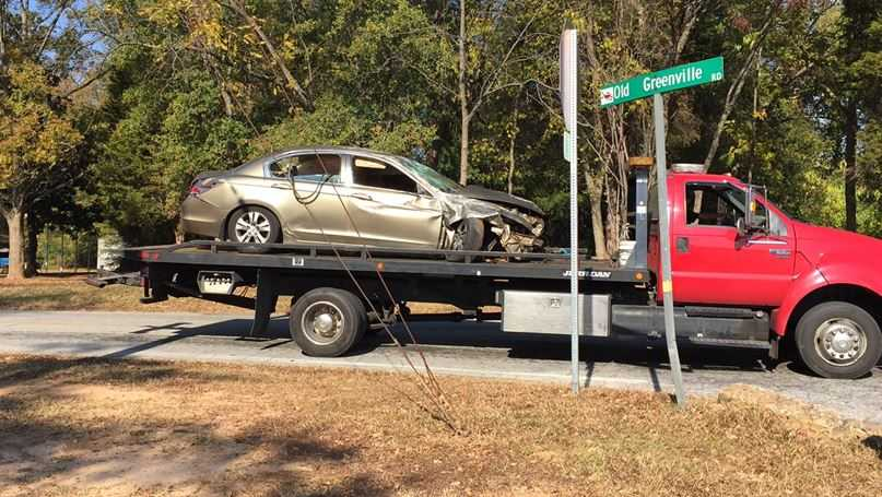 Car crashes after police chase in Spartanburg County
