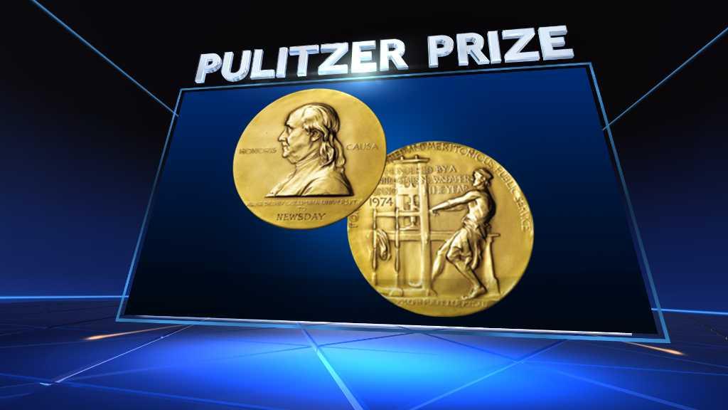 Risultati immagini per Editor in small Iowa town wins editorial writing Pulitzer