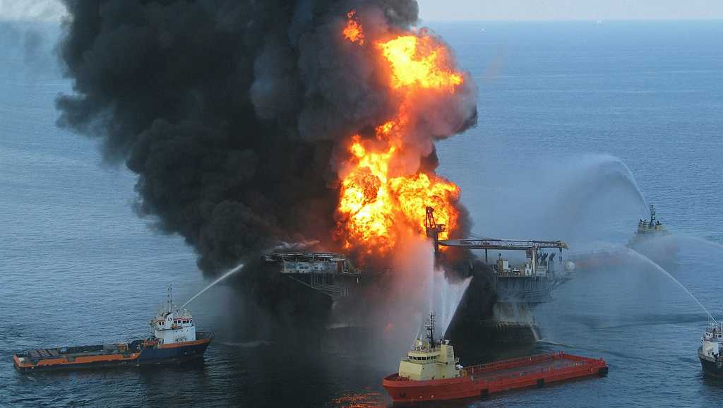 Deepwater Horizon after the explosion in 2010