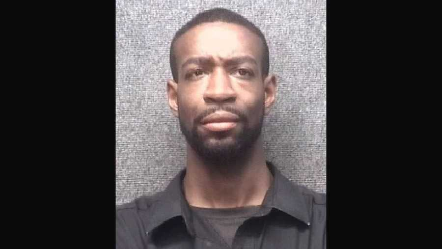 Man Crawled Into Walmart Bathroom Stall While Boy Was Using The - Boy crawls under bathroom stall