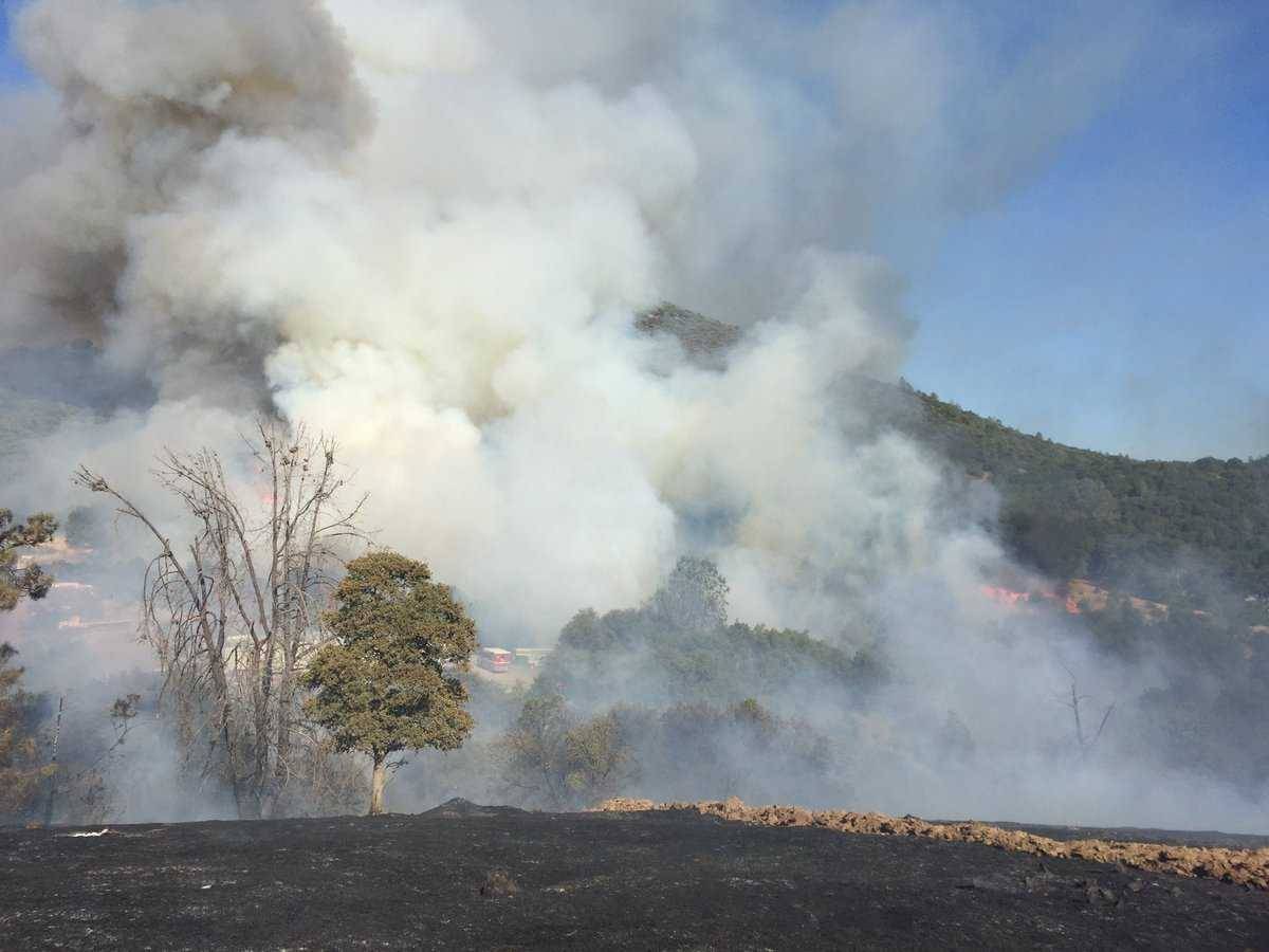 Homes evacuated after second wildfire breaks out in Tuolumne County