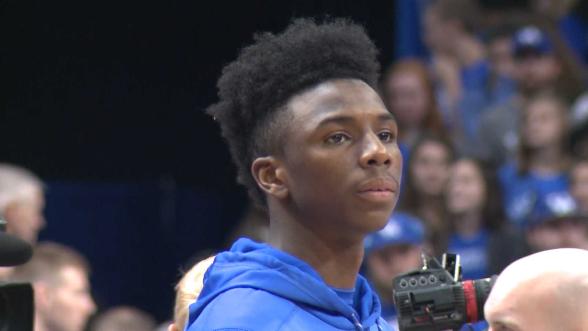 Kentucky's Diallo, who sat out last season, to enter draft