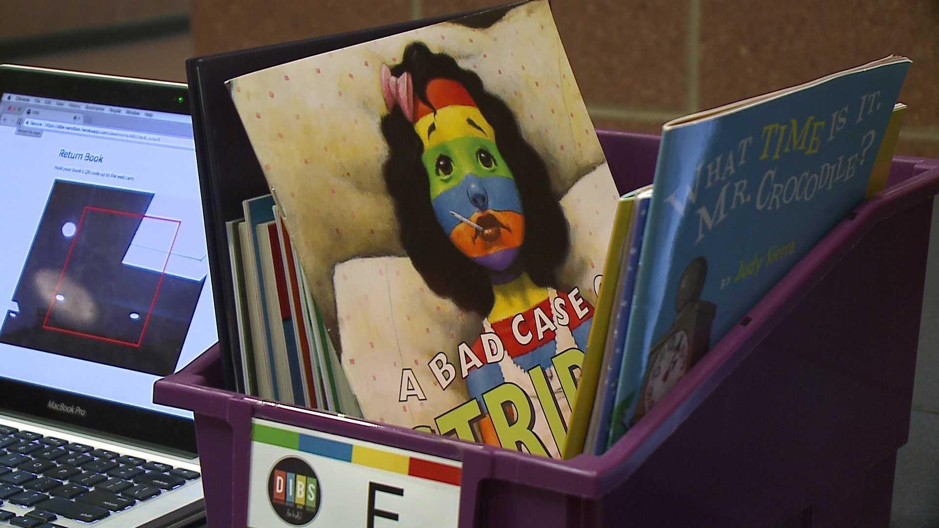 Local program working to put books into the hands of school children across Omaha