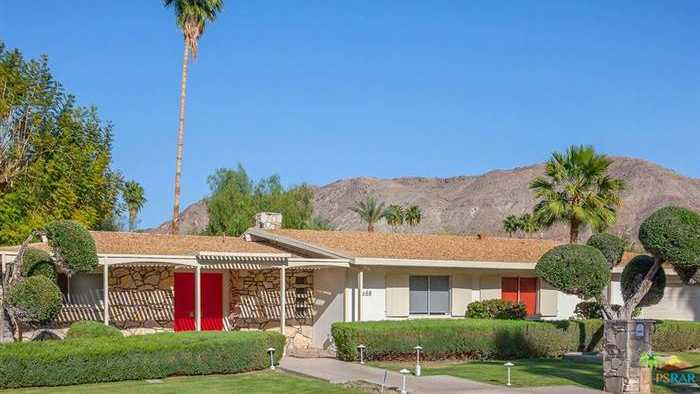 Walt Disney's former Palm Springs home is for sale.