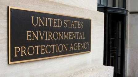 EPA chief to tour lead-contaminated Indiana housing complex