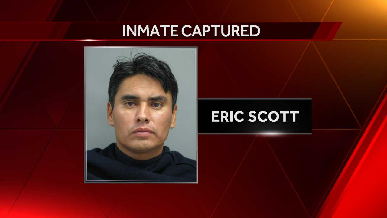 Nebraska authorities look for escaped inmate who is armed