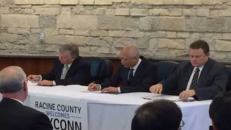 Foxconn agreement signing
